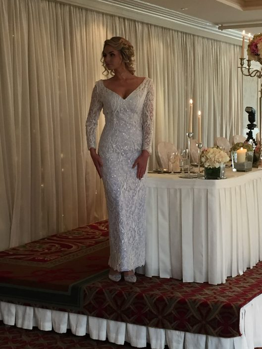 sample wedding dress for sale Winter White Bridal Lace Gown Size 8-10 €650